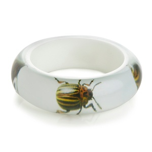 rara-avis-by-iris-apfel-resin-bug-bangle-bracelet~222533